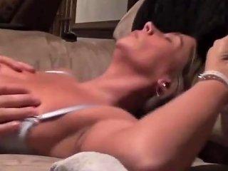 Wifey Screaming Orgasm